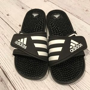 Adidas Adissage Slide Sandals size 8W- new- no tag